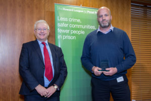 Lord Willy Bach and Sgt Steve Hodgkins (photo by PrisonImage.org)